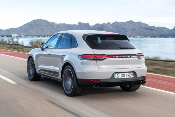 3-porsche-macan-s-2019-fd-hero-rear-195c