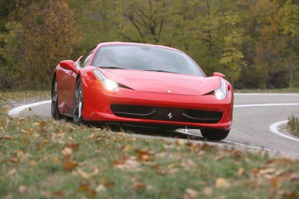 Ferrari-458_Italia-2011-1600-05