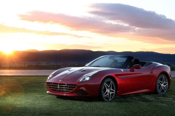 Ferrari-California_T-2015-1600-01