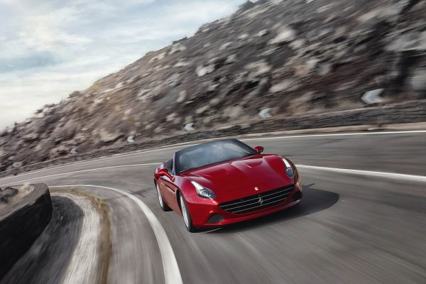 Ferrari-California_T-2015-1600-0e