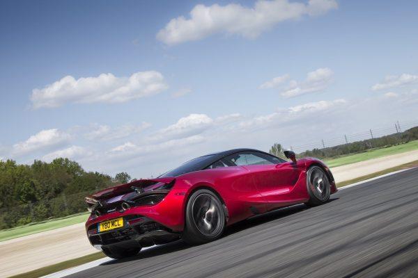 McLaren-720S-2018-1600-2a