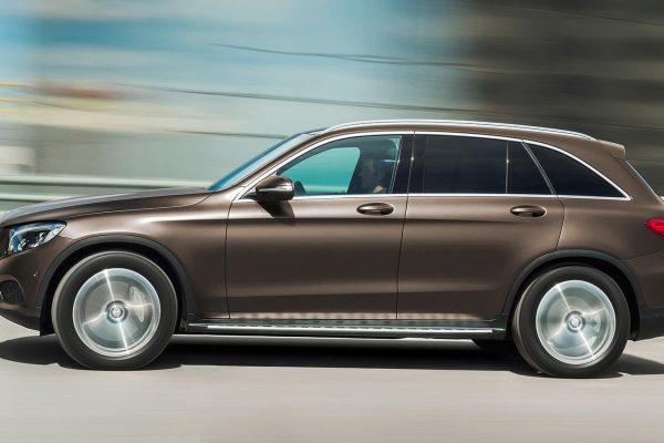 Mercedes-GLC_00005