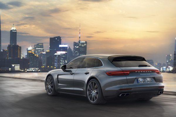Porsche-panamera-sport-turismo-produccion-dm-7