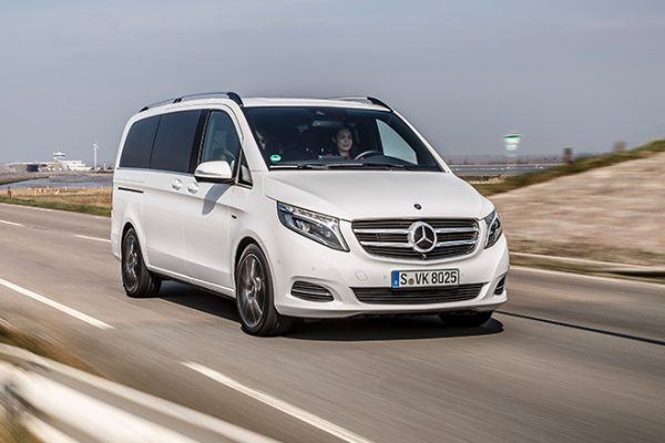 Die neue V-Klasse, Fahrvorstellung Sylt 2014, AVANTGARDE, V 250 BlueTEC, Exterieur, bergkristallweiß metallic ;  The new V-Class, Driving Experience Sylt 2014, AVANTGARDE, V 250 BlueTEC, exterior, rock crystal white metallic;