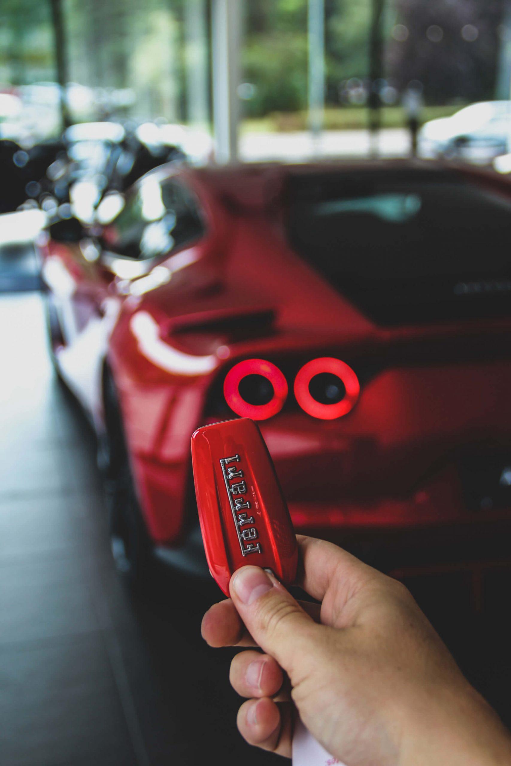 Cómo se conduce un Ferrari